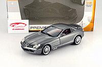1/18 Maisto Металлическая модель Mercedes-Benz SLR McLaren, в ассортименте