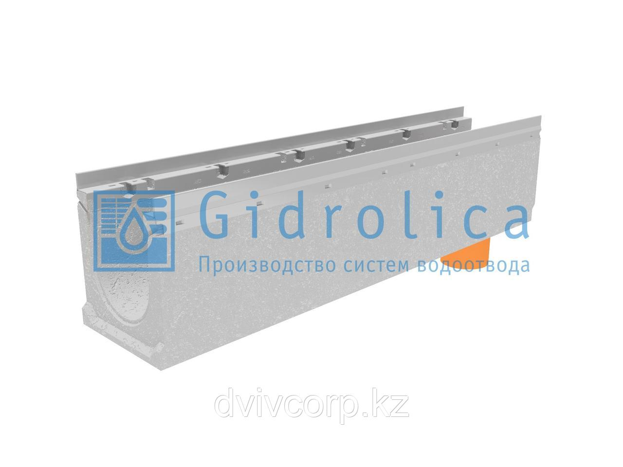 Лоток водоотводный бетонный коробчатый (СО-150мм), с оцинкованной насадкой, с водосливом КUв 100.21,3