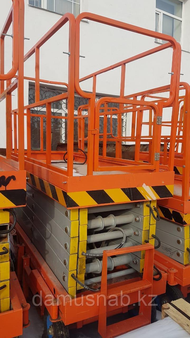 Ножничные подъёмники бу высота подъема 8 метров.