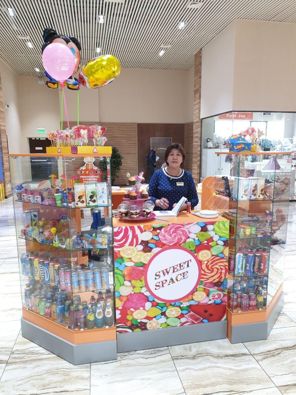 Продается готовый фирменный отдел для продажи детских сладостей