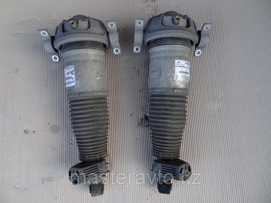 Амортизатор пневмостойка задняя на   Volkswagen Touareg / Porsche Cayenne 2003-2009