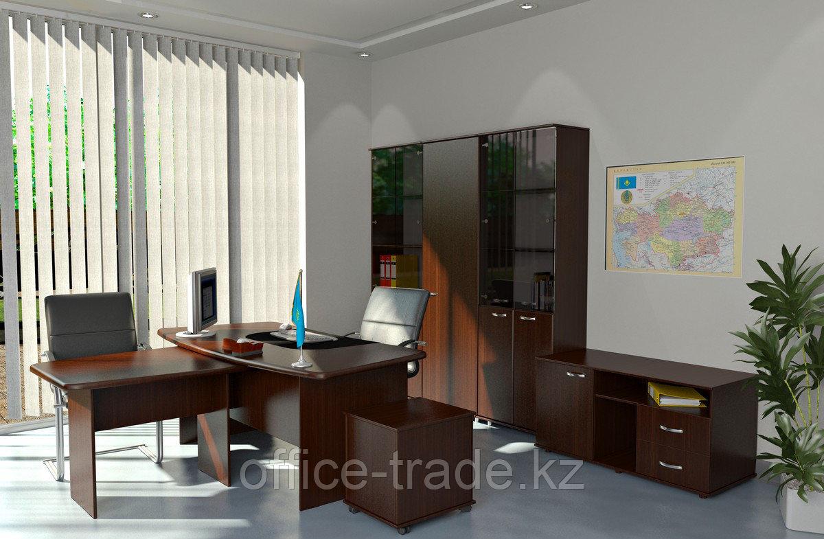 Комплект мебели руководителя Director