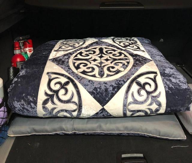 Казахское корпе, подушки с орнаментом, подушки для дивана