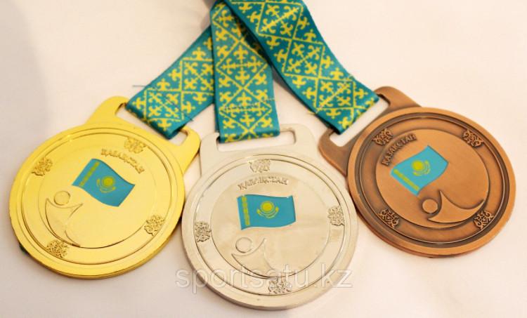 Медаль kz