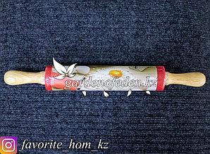 Скалка с вращающимися ручками (большая). Материал: Дерево. Цвет: Красный.