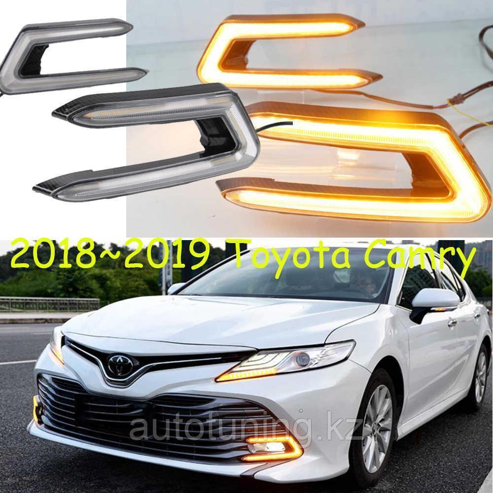 Дневные ходовые огни в бампер Toyota Camry 70 ( Тойота Камри 70) с 2018 по н.в.  Дневные ходовые огни в бампер