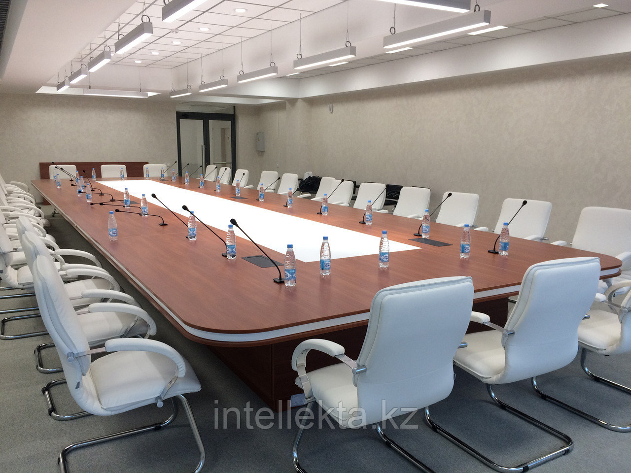 Конференц столы Спец заказные