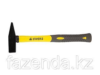 Молоток слесарный, кованый, с двухкомпонентной фиберглассовой ручкой 0,6