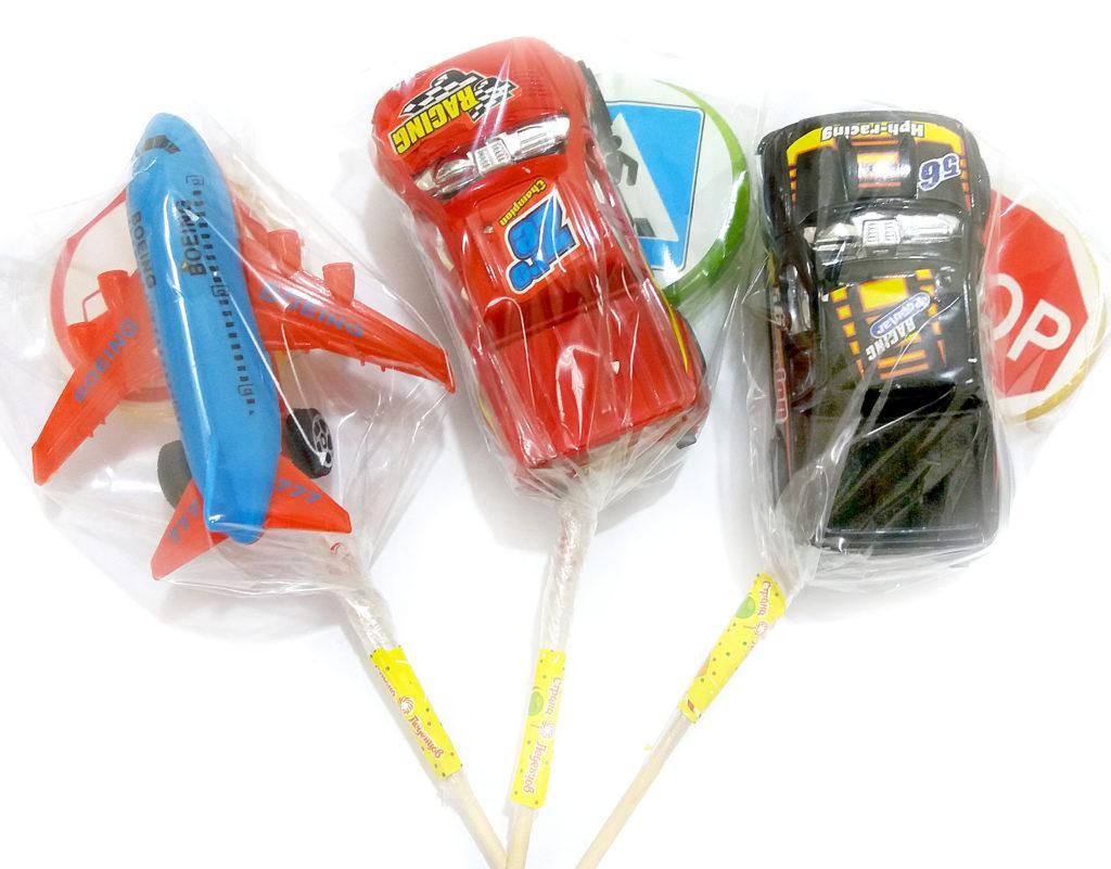 """Леденец """"Машинка с игрушкой"""" шоу-бокс 20 гр  (20 шт. в упаковке)"""
