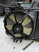 Вентилятор радиатора левый Toyota RAV-4.
