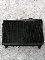 Радиатор основной Toyota Vista.