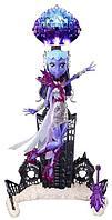Monster High: Бу Йорк, Floatation Station & Astronova