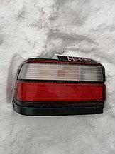 Фонарь задний левый Toyota Corolla 1995.