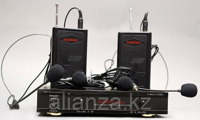 Радиосистема на два микрофона AudioVoice WL-22HPM