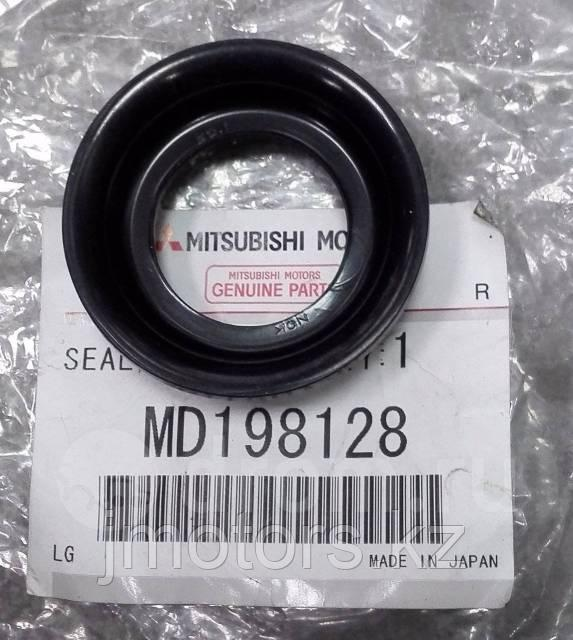 Прокладка свечного колодца MD198128
