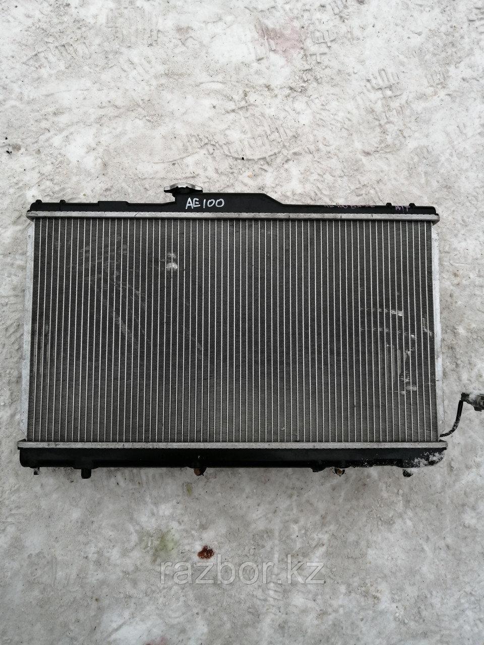 Радиатор основной Toyota Corolla 1995 г.