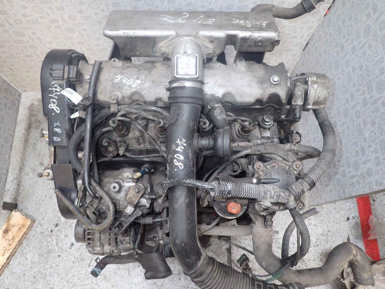Двигатель (ДВС) Peugeot Partner  A9A (10CV3)