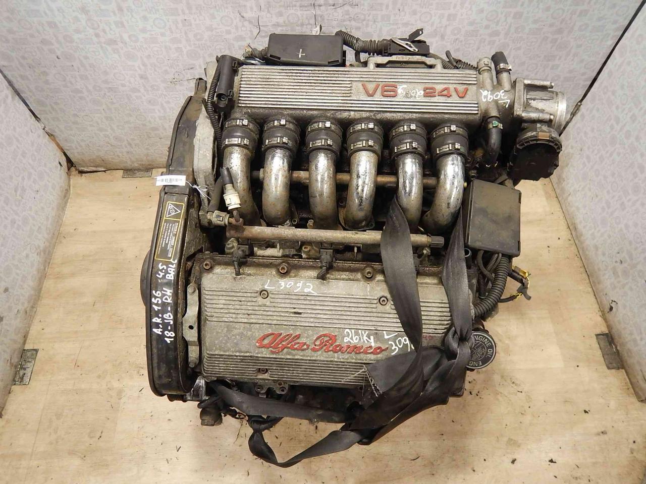 Двигатель (ДВС) Alfa Romeo 156  AK 32405