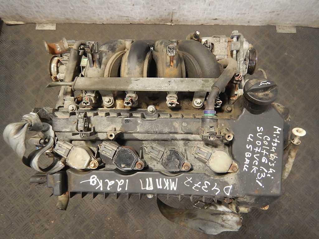 Двигатель (ДВС) Mitsubishi Colt 6  135.930 (4A90)