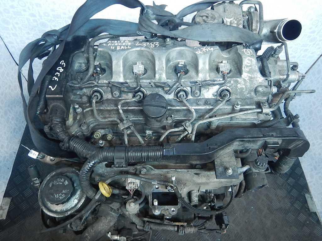 Двигатель (ДВС) Toyota Avensis 2  2AD-FTV
