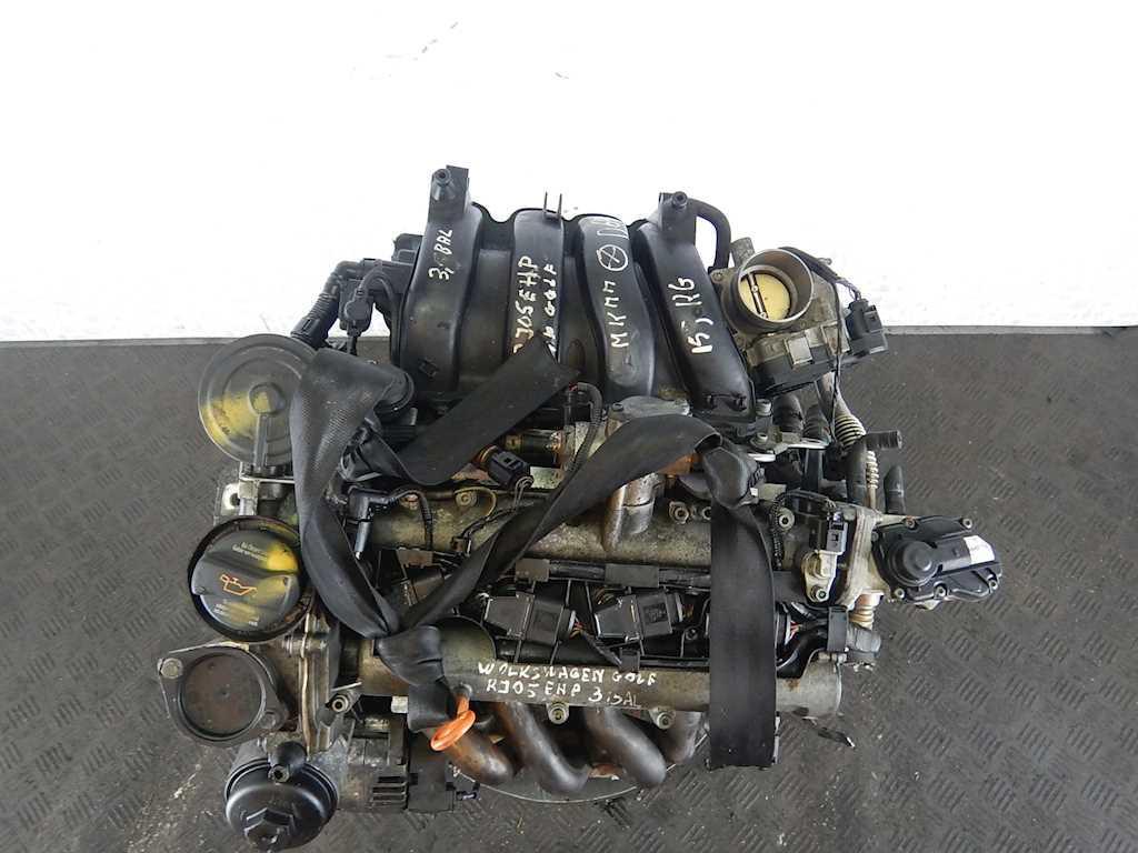 Двигатель (ДВС) Volkswagen Golf 5  BLF