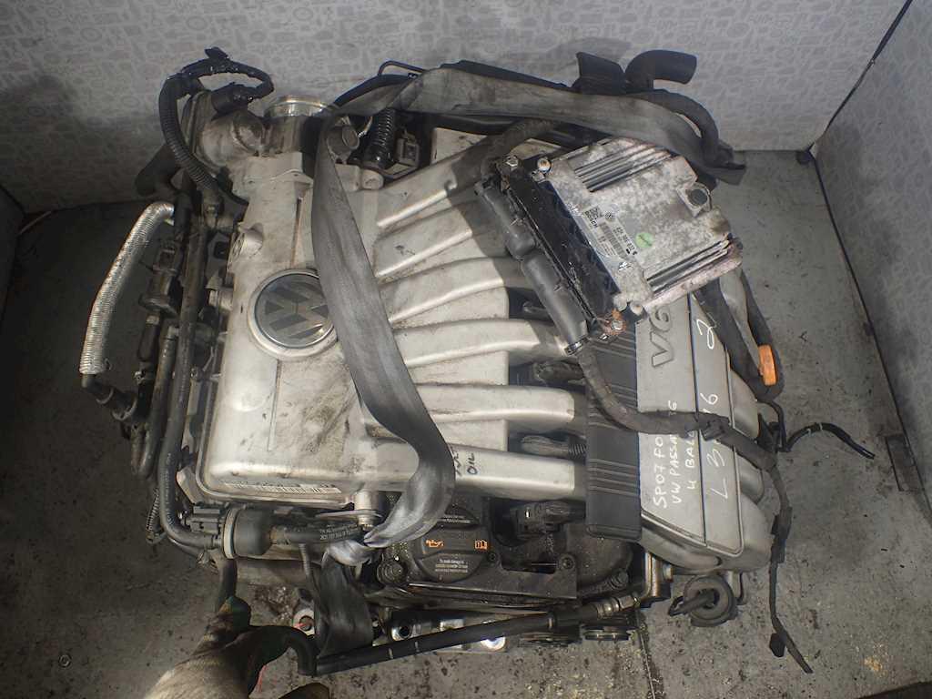 Двигатель (ДВС) Volkswagen Passat 6  AXZ