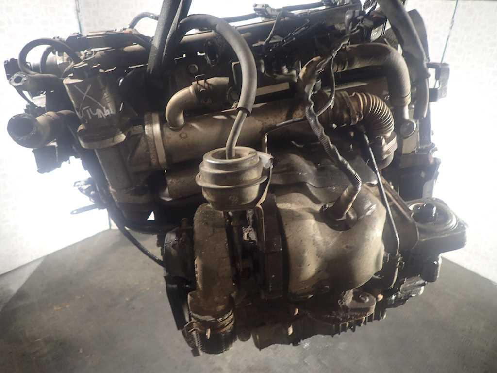 Двигатель (ДВС) Kia Carens 2  D4EA (не читается)