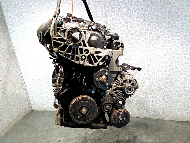 Двигатель (ДВС) Renault Scenic 2  M9R 700
