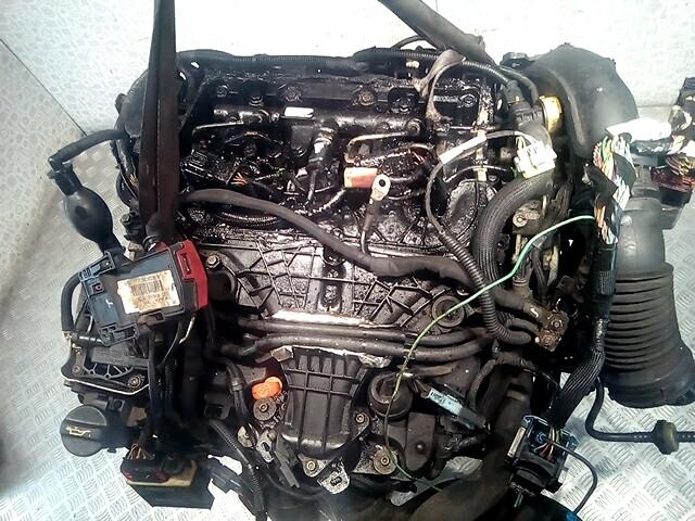 Двигатель (ДВС) Citroen C5 2  RH02 / 10DYWS
