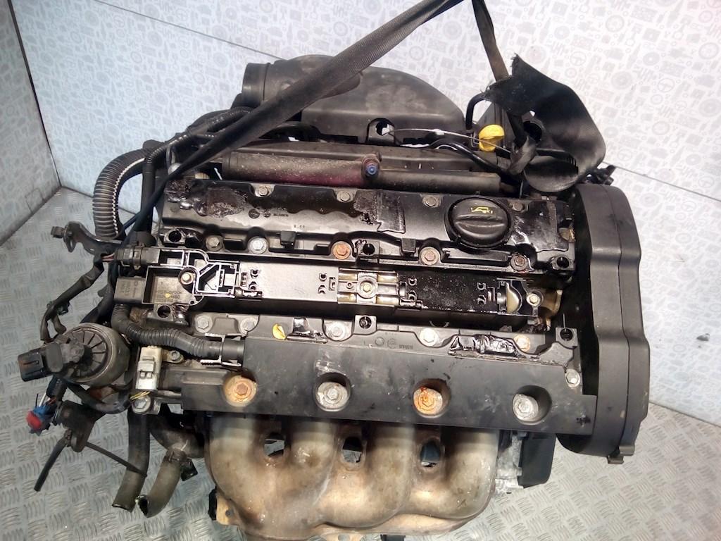 Двигатель (ДВС) Peugeot 206  RFN JHGFD (EW10J4)