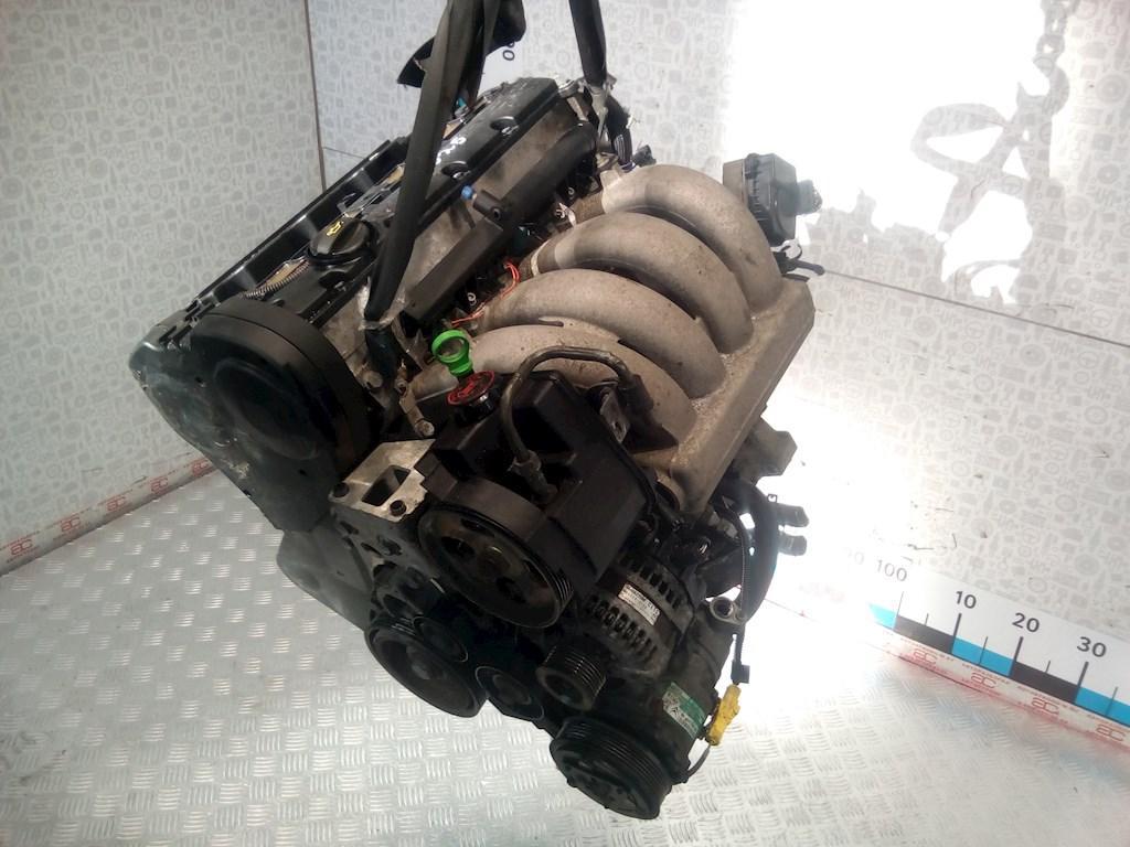 Двигатель (ДВС) Peugeot 206  DGCHG EW10J4S