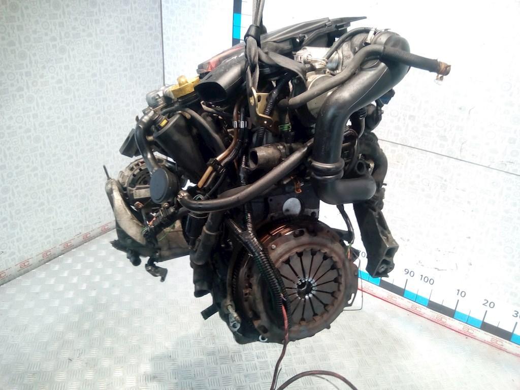 Двигатель (ДВС) Renault Kangoo  F9Q 782