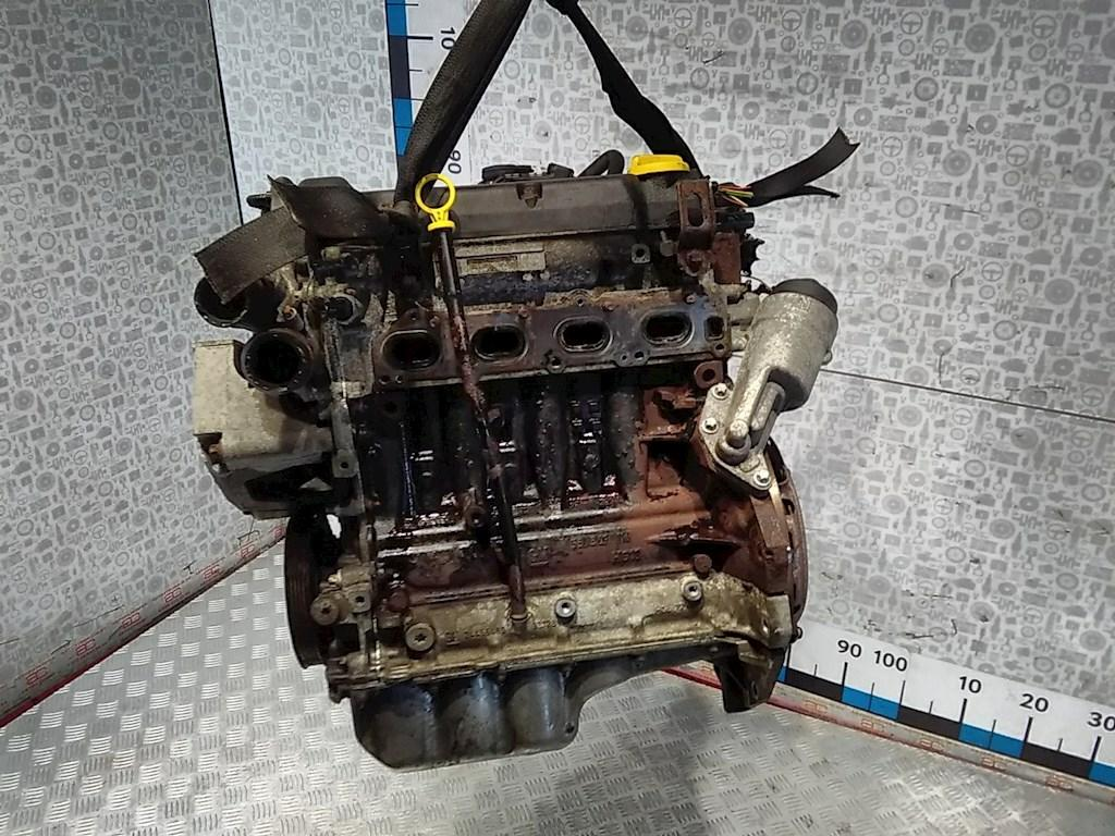 Двигатель (ДВС) Opel Corsa D  не читается