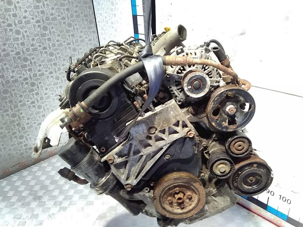 Двигатель (ДВС) Hyundai Trajet  D4EA
