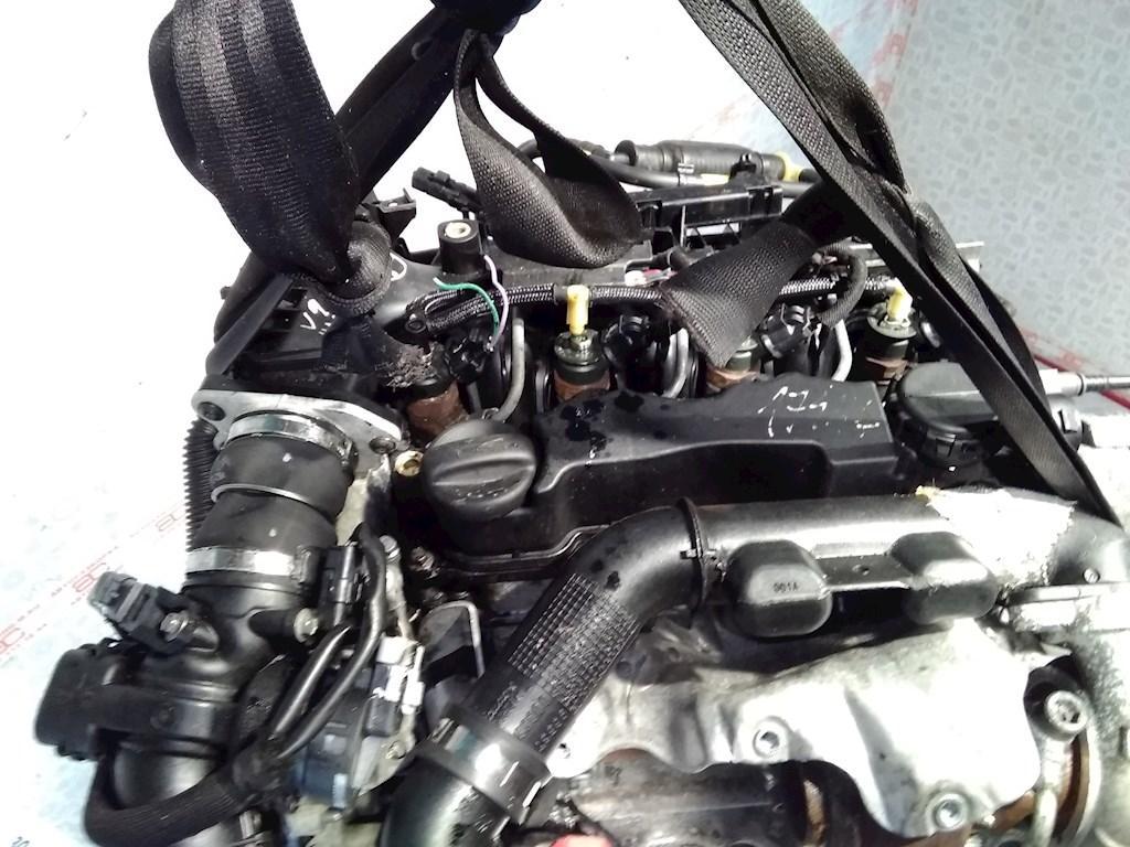 Двигатель (ДВС) Peugeot 308 T7  9H02