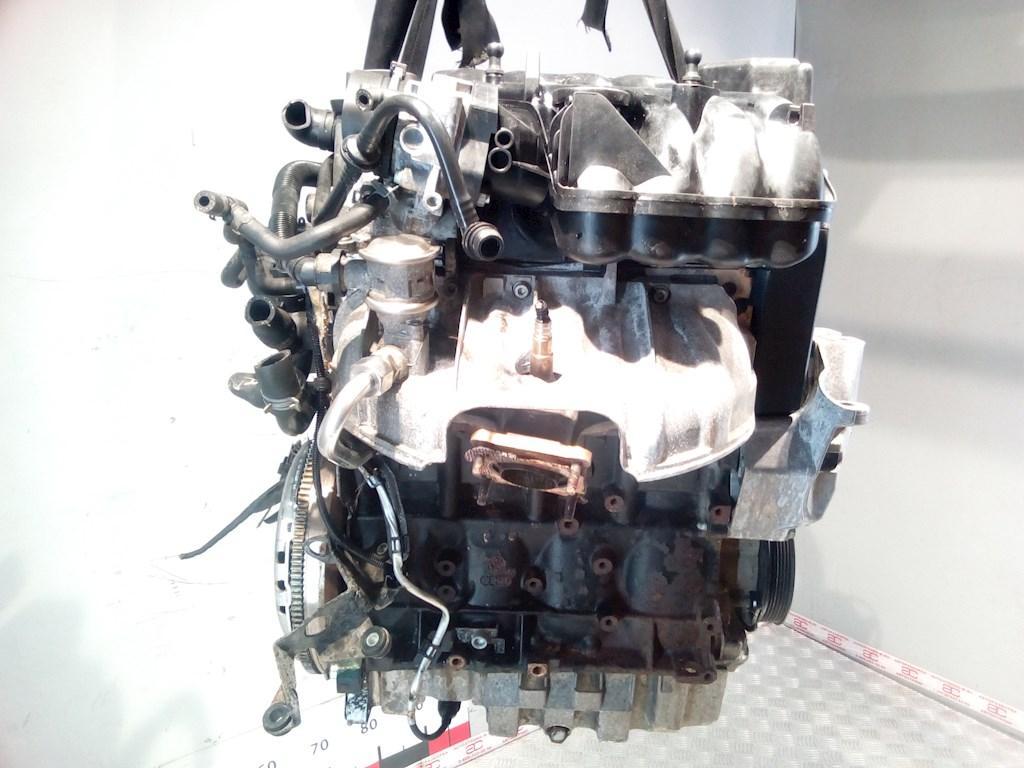 Двигатель (ДВС) Volkswagen Golf 4  AZJ