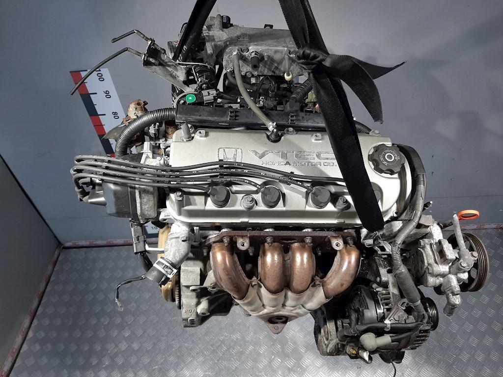 Двигатель (ДВС) Honda Accord 6  F20B6
