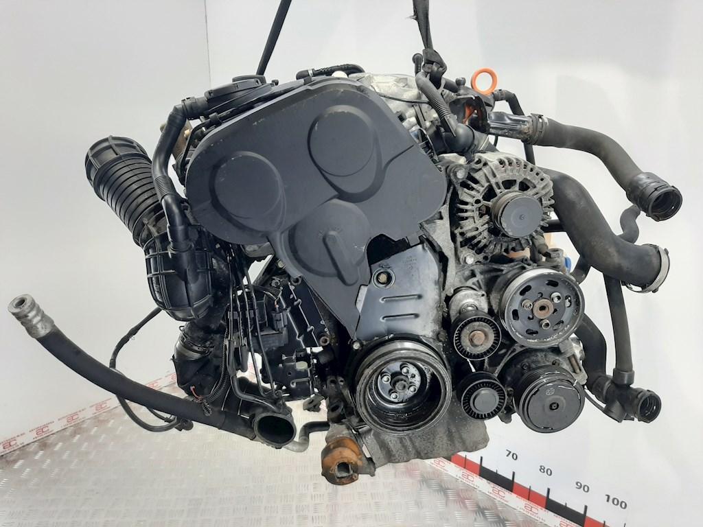 Двигатель (ДВС) Audi A4 B7  BRE