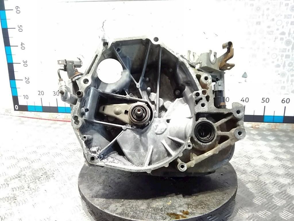 КПП 5ст (механическая коробка) Honda FR-V (BE1)  SJSM