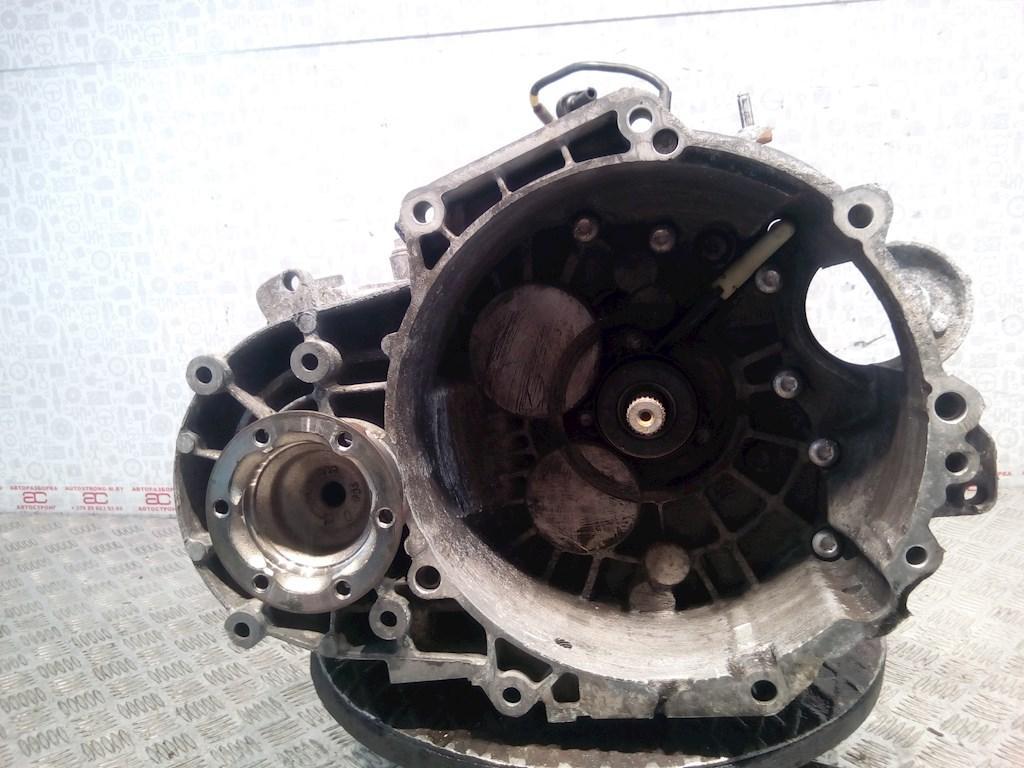 КПП 6ст (механическая коробка) Volkswagen Passat 7  NEU