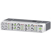 Усилитель для наушников транзисторный BEHRINGER AMP 800 MINIAMP