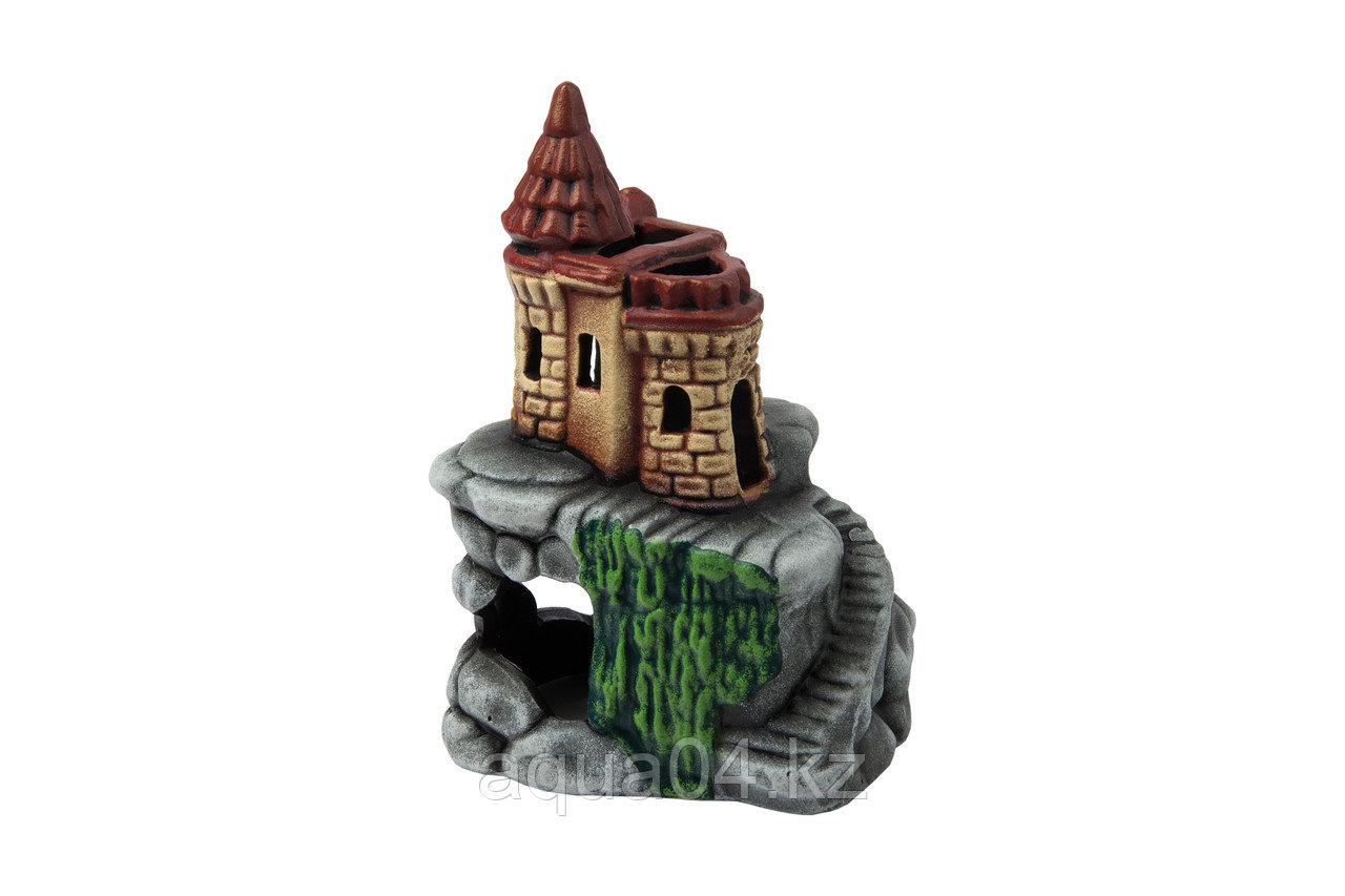 Замок на скале (ГротАква)