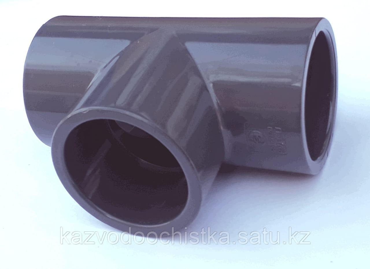 ПВХ Тройник 90°(TEE) 75 мм.