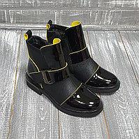 Ботинки черные, комбинированные