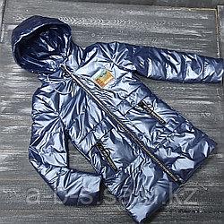 Куртка в лакированной, сиреневой расцветке