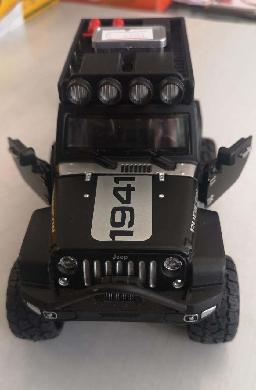 Металлическая модель автомобиля Jeep - фото 3