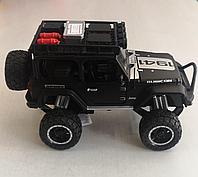 Металлическая модель автомобиля Jeep