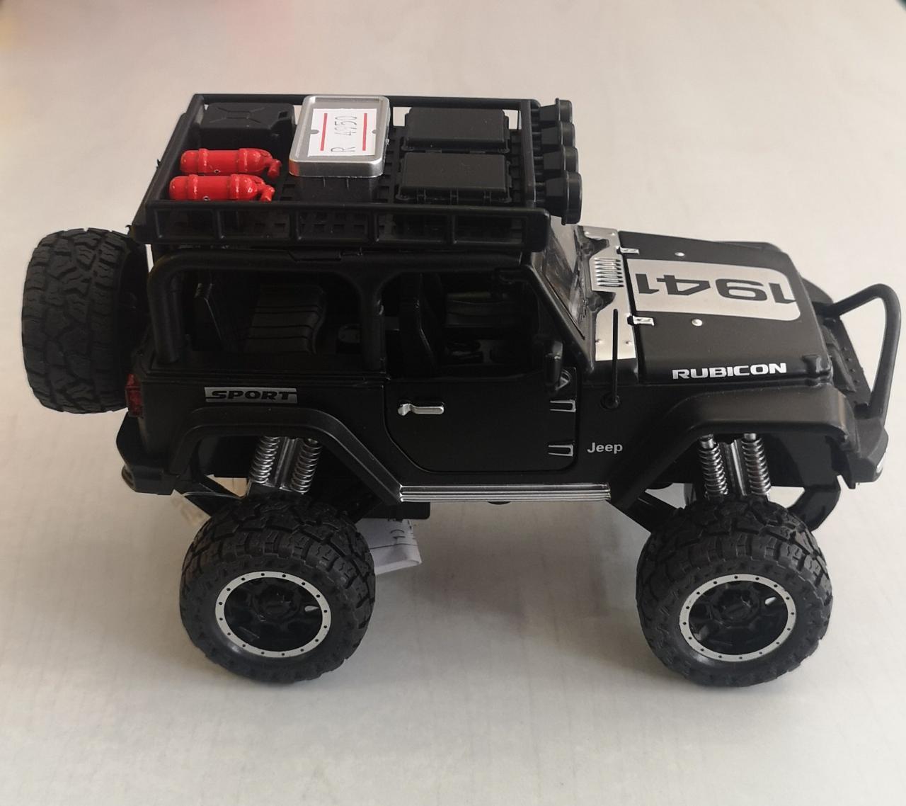 Металлическая модель автомобиля Jeep - фото 1
