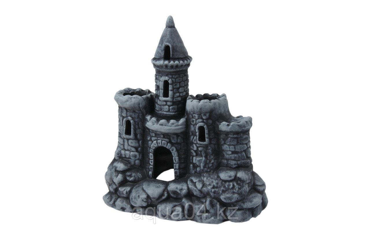 Замок с башней (ГротАква)
