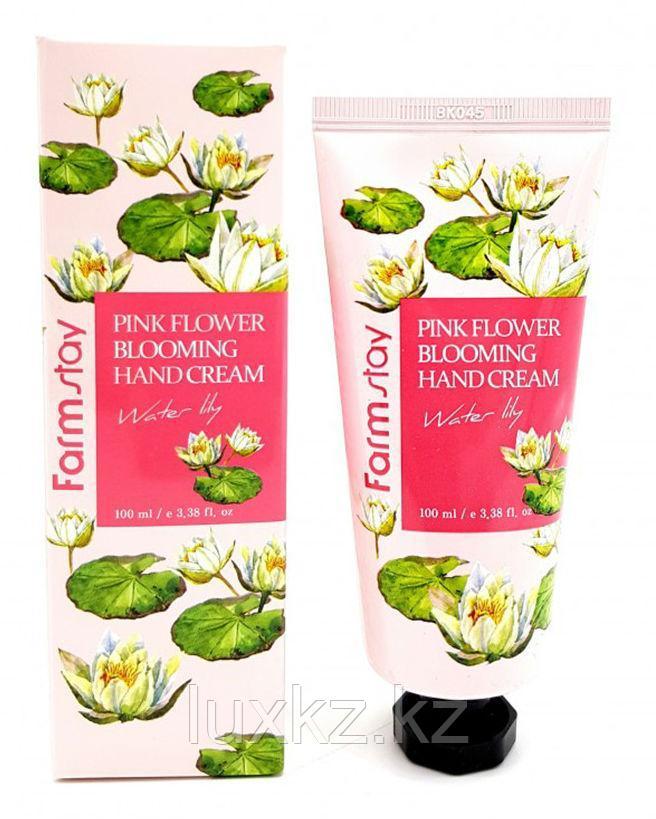 Крем для рук с экстрактом лепестков лилии от FarmStay